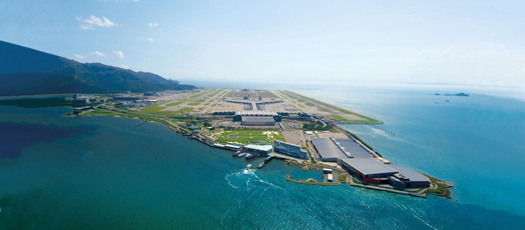 طراحی ۴ فرودگاه بینالمللی که آینده سفر را راحتتر خواهد کرد 4