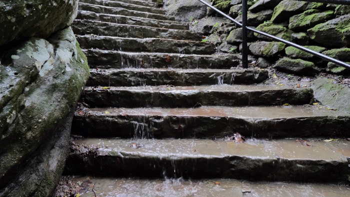 پلههای سنگی