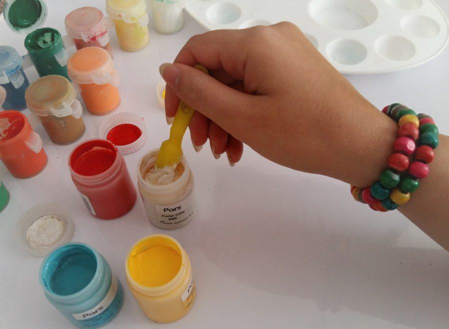 رنگ نقاشی با گواش